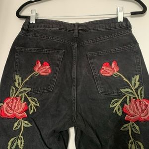 Topshop Jeans - 🌹Host Pick🌹Topshop Mom jean with roses